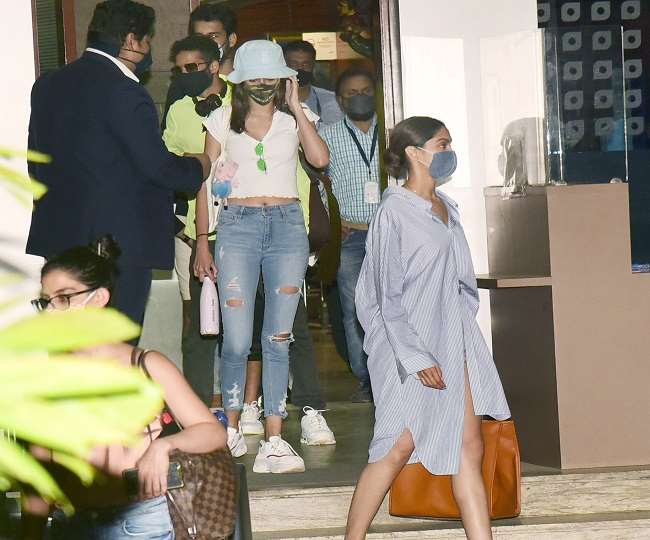 deepika-padukone-has-returned-mumbai-from-goa-with